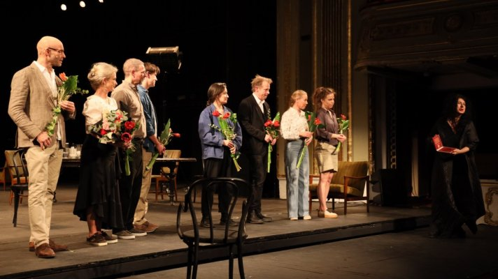 Dramaten, the Royal Dramatic Theatre from Stockholm Performs One Night in the Swedish Summer